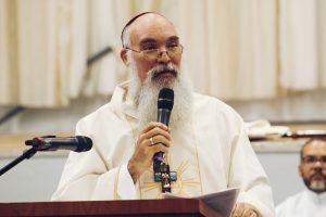 González Medina enfatizó en la importancia de que la fe crezca vigorosamente en nuestras vidas.