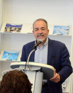"""El arquitecto Luis Badillo presentó la conferencia Más acá y más allá del """"resiliency:"""" una resistencia responsable."""